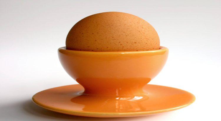 izvārīta ola